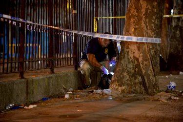 ブルックリンのブラウンズビルで銃撃。1人死亡、12人負傷