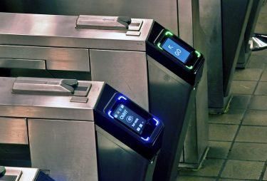 地下鉄のタッチ&ゴーシステム OMNY、100万タップを記録