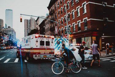 アメリカで救急医療を受けるときの対応法