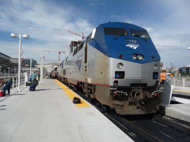 アムトラックがニューヨークとワシントンD.C.間の直行列車サービスを開始