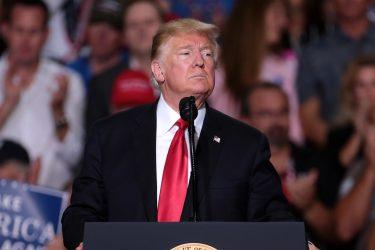 トランプ大統領をアメリカ史上3人目となる弾劾訴追。米議会下院で可決。年明け早々にも弾劾裁判へ