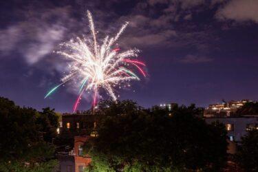 ニューヨーク市内で花火は違法。取り締まりを強化。