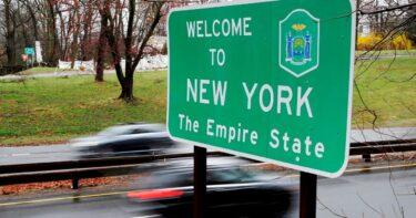 コロナウイルスのホットスポット地域からのニューヨーク来訪者は14日間の検疫が必要