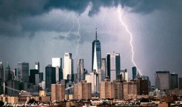 22日のニューヨークの雷雨