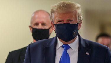 トランプ大統領、初めて公の場でマスクを着用