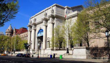 ニューヨーク市内の美術館や文化施設が再開へ