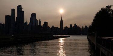 西海岸の山火事で発生した煙がニューヨークまで到達