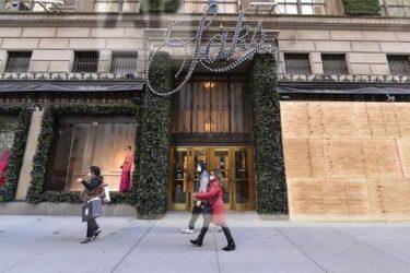 大統領選挙を前に、ニューヨーク市内の小売店舗が特別な予防対策