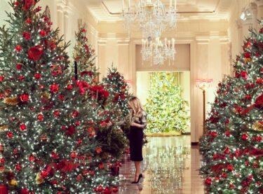 メラニア・トランプがホワイトハウスのクリスマス・デコレーションを公開