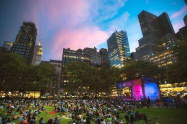 ブライアントパークが、25の無料野外コンサートの本拠地に