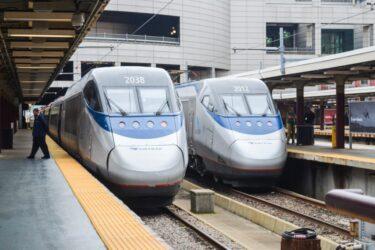新しい鉄道システム高速列車のニューヨーク – ボストン間の移動時間は約1時間40分