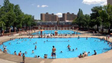 ニューヨーク市内のすべての屋外プールが再開